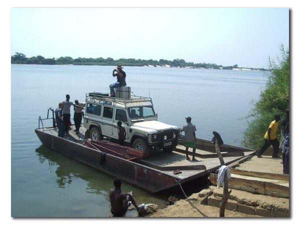 Vehicle Barge for crossing Zambezi