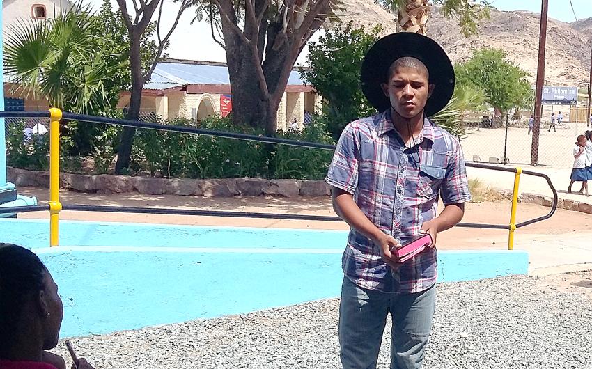 le Roux, Moreson Farm, South Africa, Onseepkans Mission