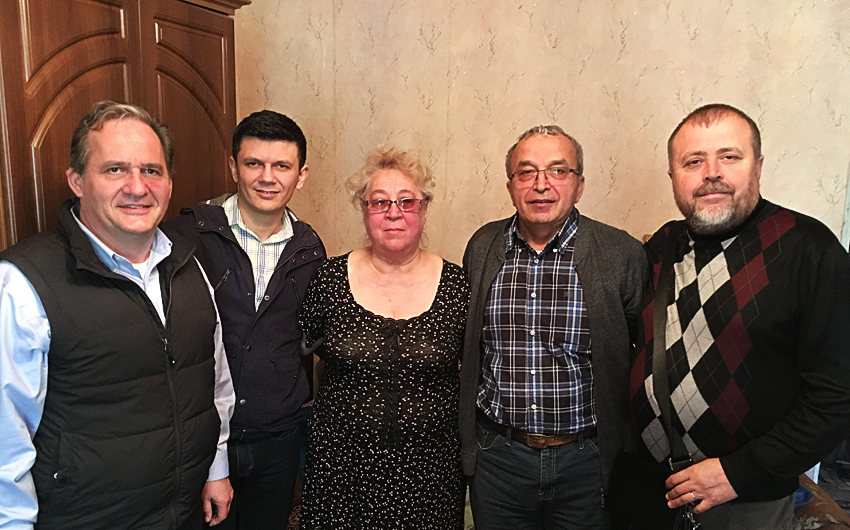 Adi Ban, Ukraine