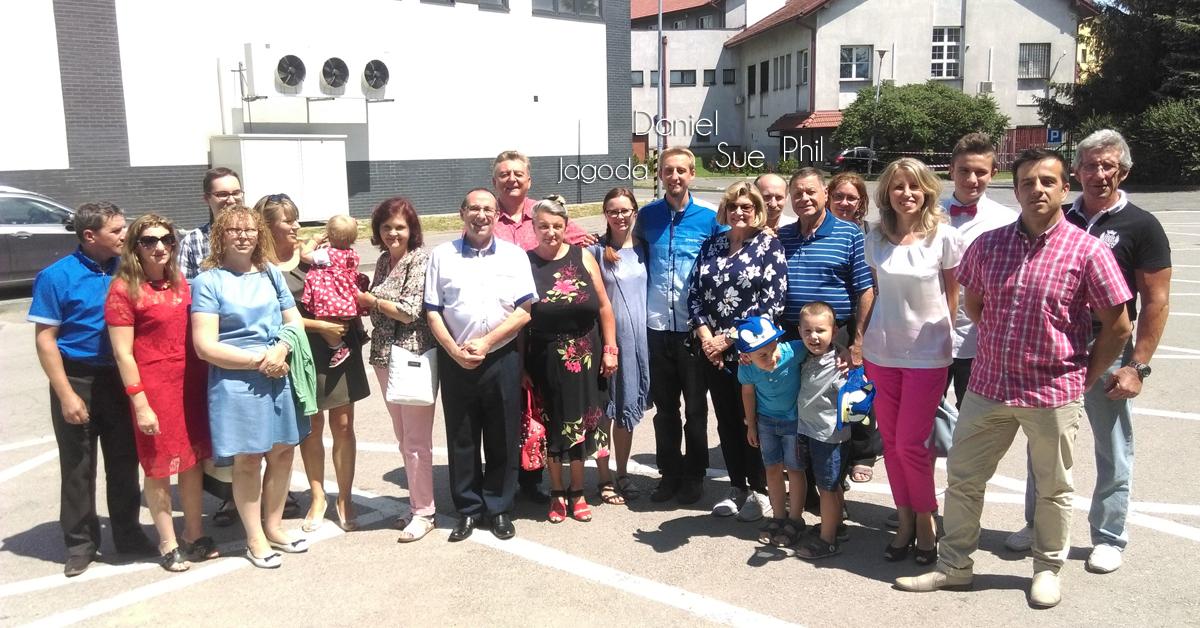 Daniel Machlowski, Jagoda Machlowski, Sue Thurston, Phil Thurston, Poland