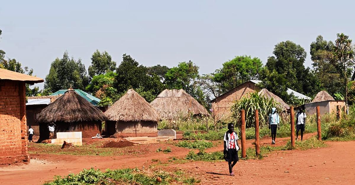 bweyale uganda, lazarus, vicki
