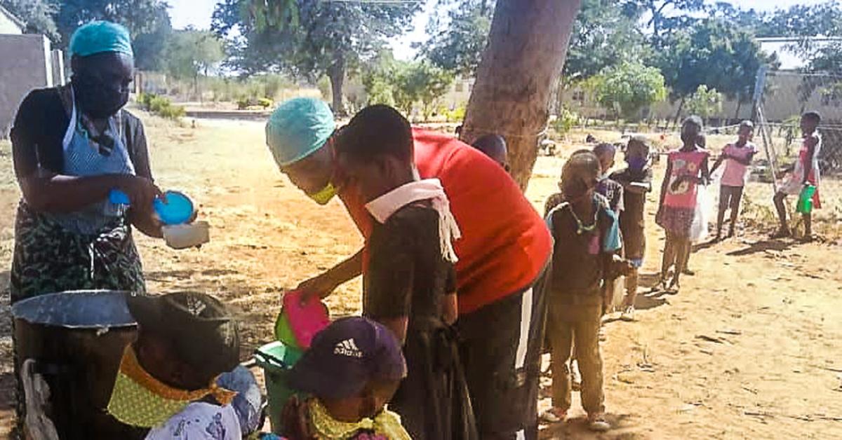 Zimbabwe, Cozmore, Charl van Wyk