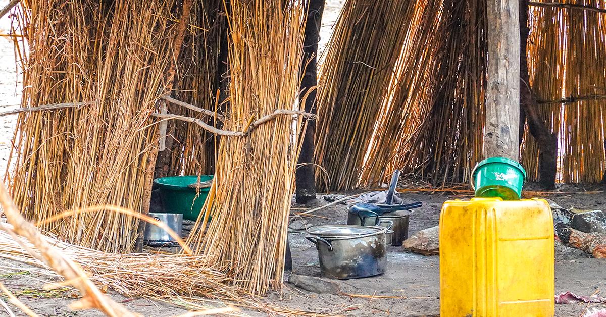 zambia, leach, village